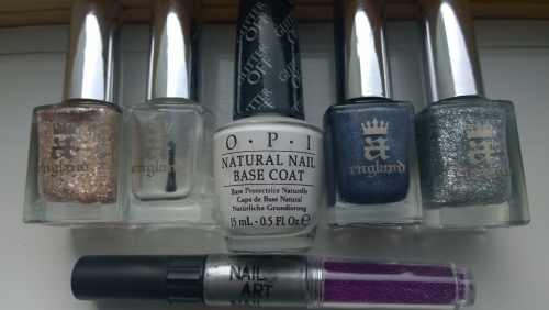 Polishes and tools used. Very impressed with the nail art pen, didn't require much squeezing so lets you keep more control.