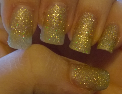 Day 17: Glitter. My lazy day! I simply tried a glitter I've had a while and never used (Nails Inc - Oxford Gardens). Pleasantly surprised by its density, this was only 2 coats