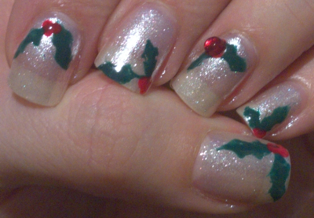 Christmas Nails - Holly 5