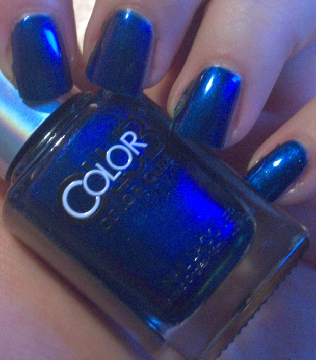 "Color Club - ""It's Raining Men"""