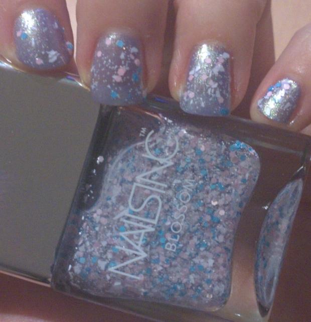 Nails Inc Bloomsbury Way Bottle Swatch 2