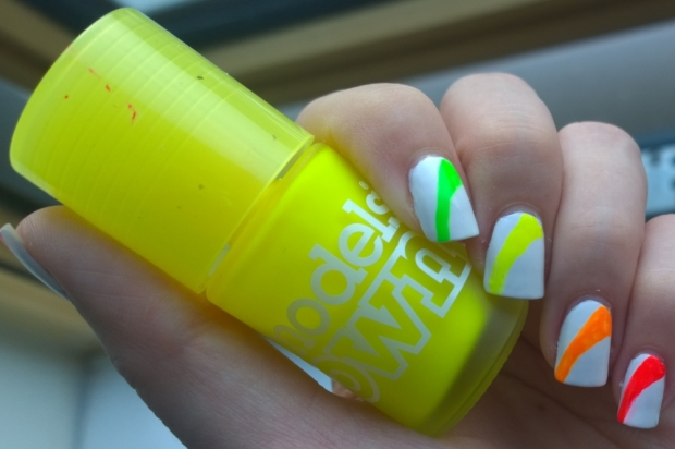 Freehand neon stripes to brighten up any day!