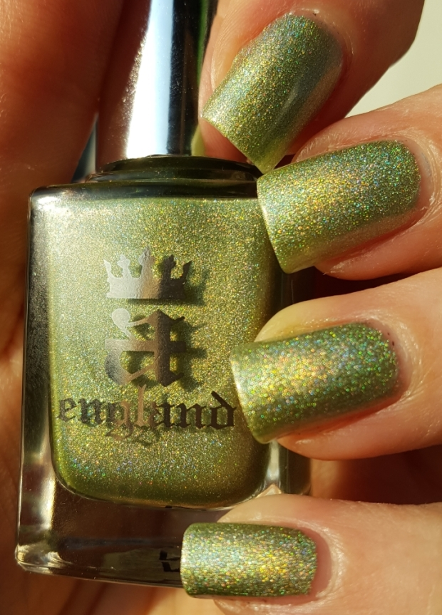 Symphony in Green and Gold bottle swatch